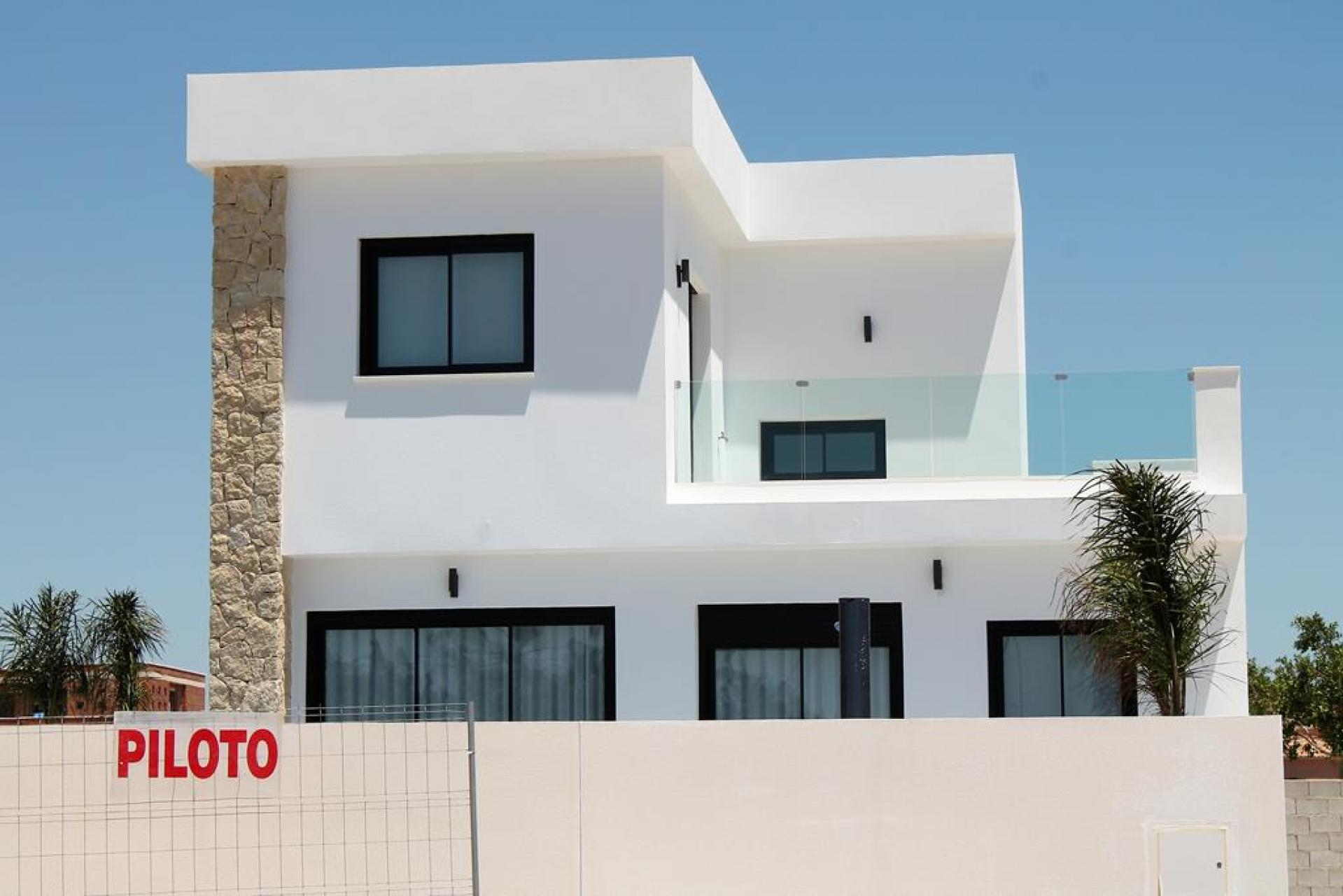 Villa in Los Montesinos (Alicante)