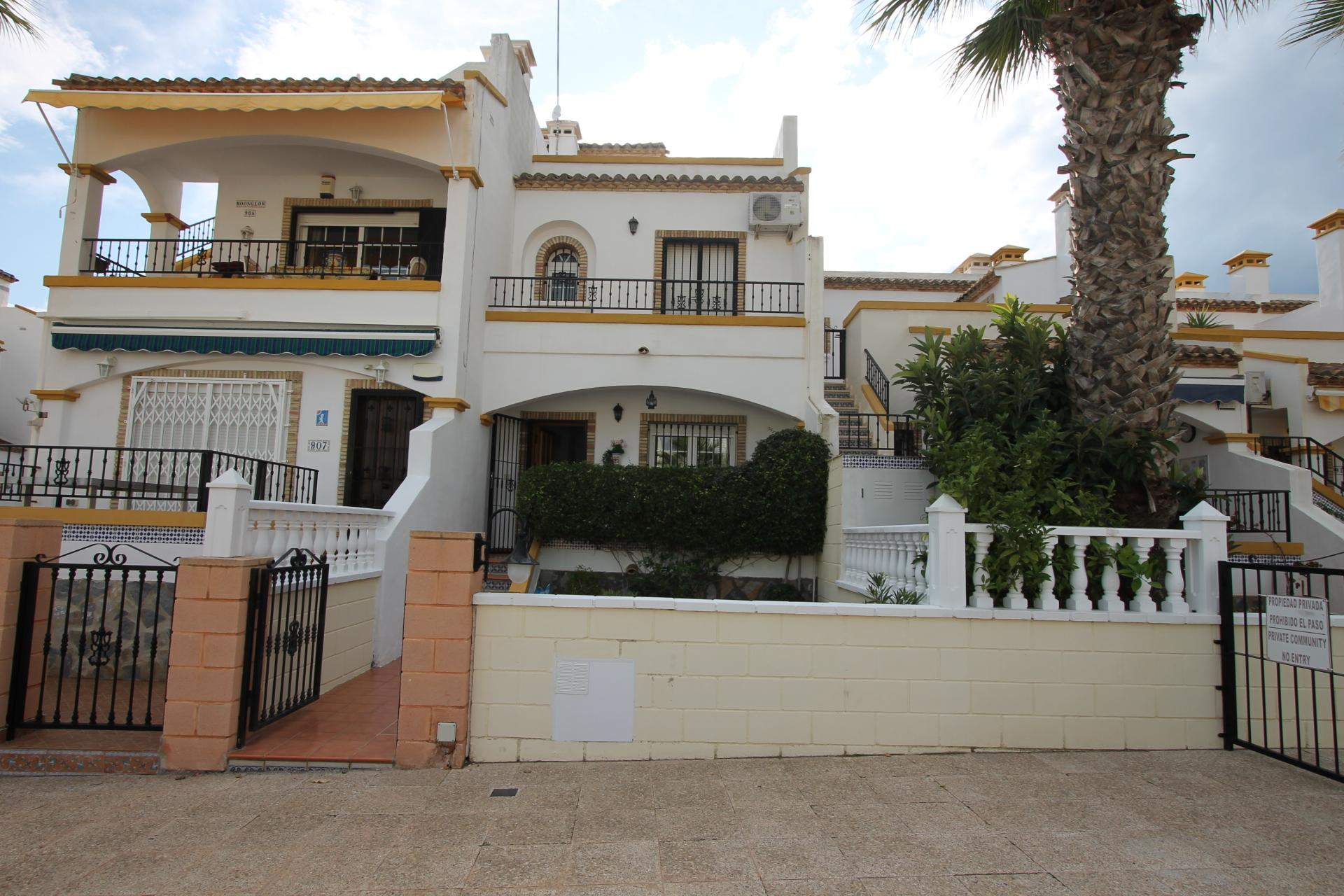 Townhouse in Los Dolses (Alicante)