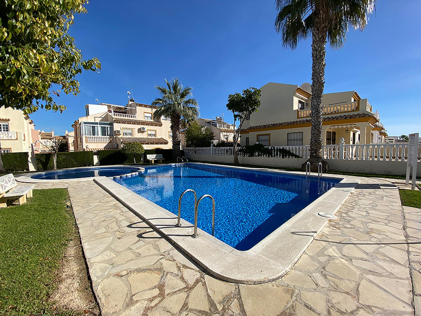 Townhouse in Orihuela Costa (Alicante)