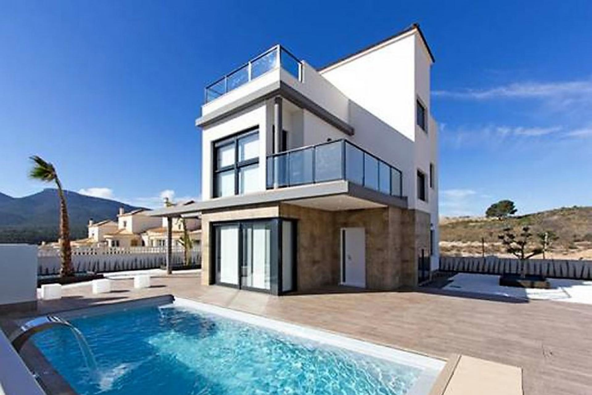 Villa in Castalla (Alicante)