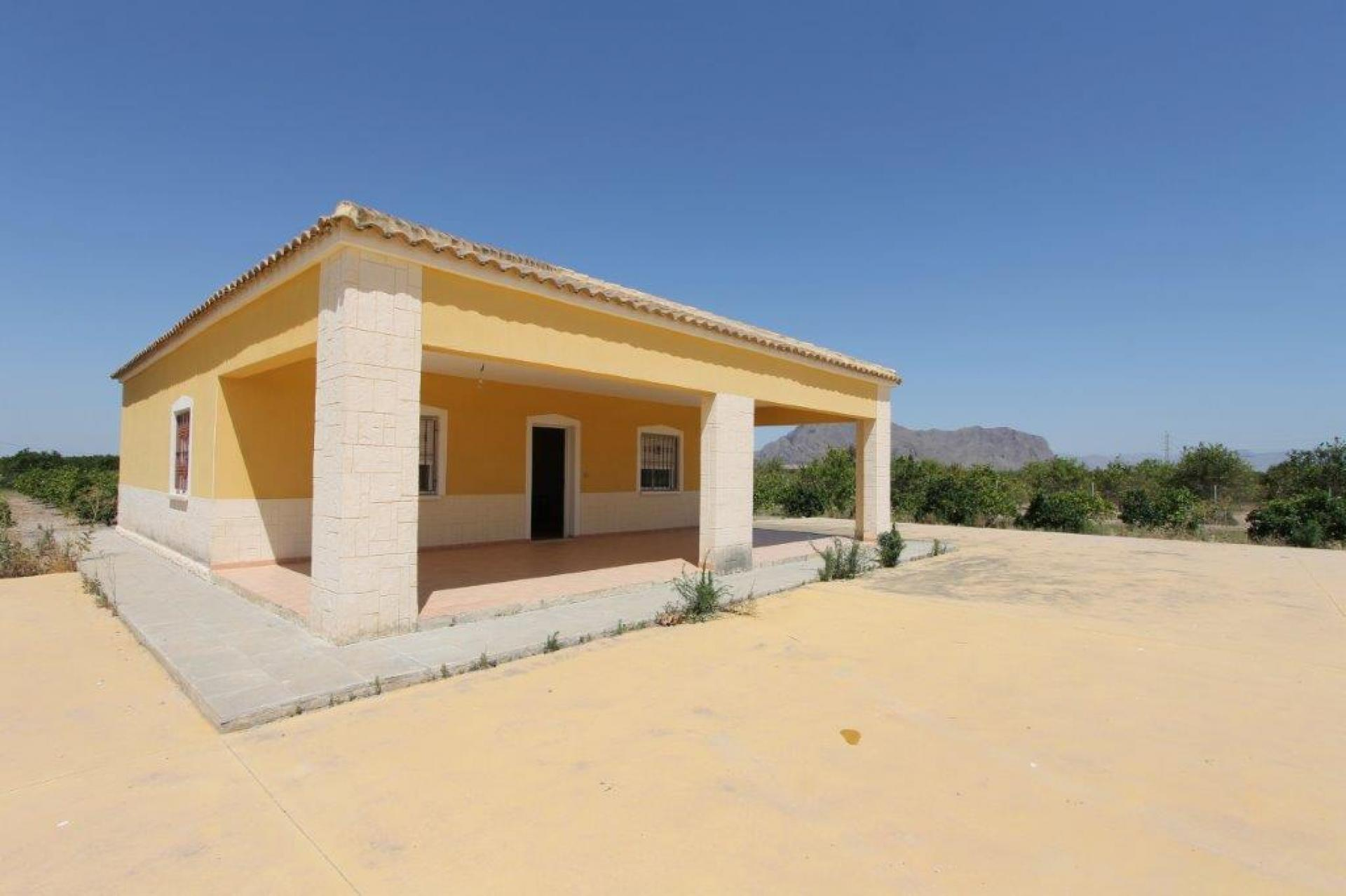 Country house in Orihuela (Alicante)